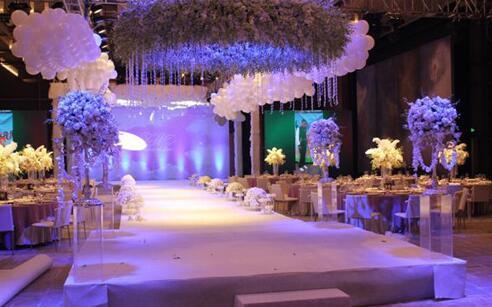 深圳婚礼舞台搭建,如何搭建出属于自己幸福婚礼舞台