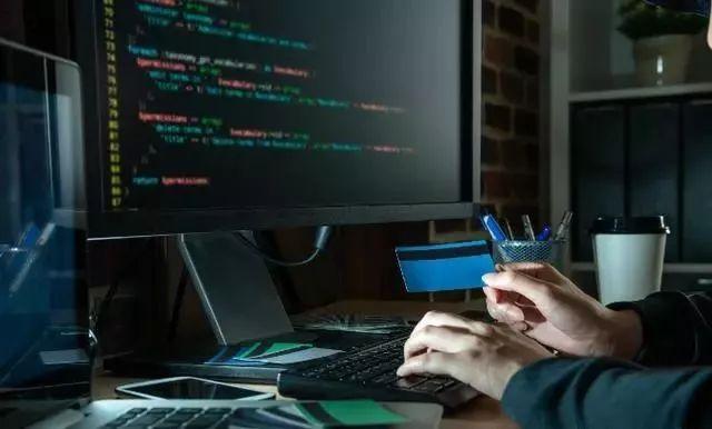 现在国内IT行业是不是程序员过多了?